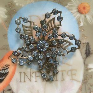VTG Silver Tone Blue Rhinestone Floral Brooch